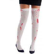 Bas blanc sur le thème de l'horreur et d'Halloween avec des tâches de sang